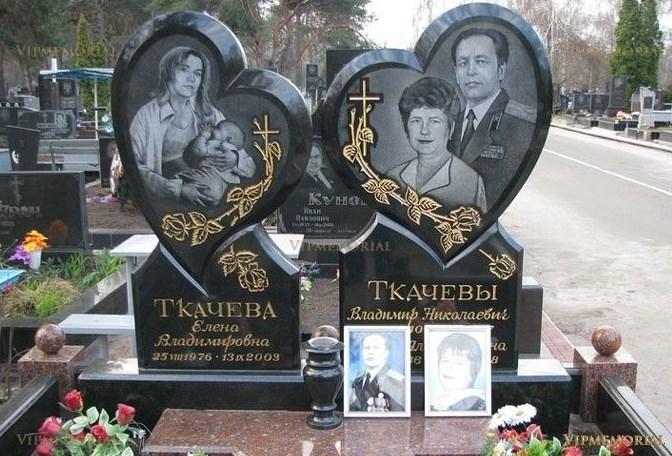Семейные (двойные, тройные) памятники из гранита на могилу